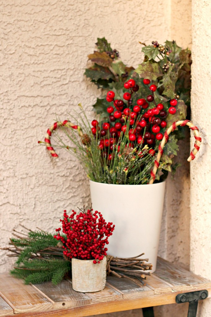 welcome-christmas-front-porch-bench-decor