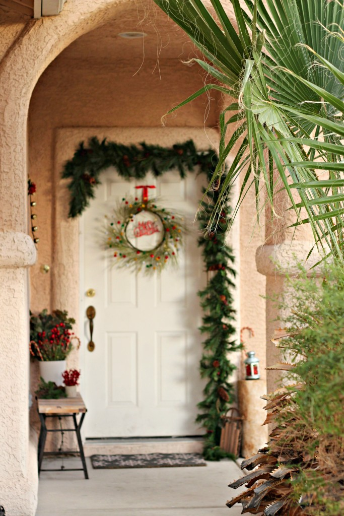 welcome-christmas-front-porch-decorations