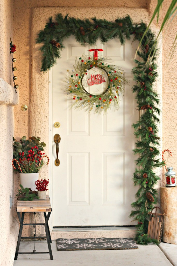 welcome-christmas-front-porch-door-swag