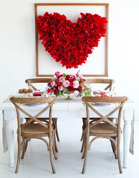 creative chicken wire heart