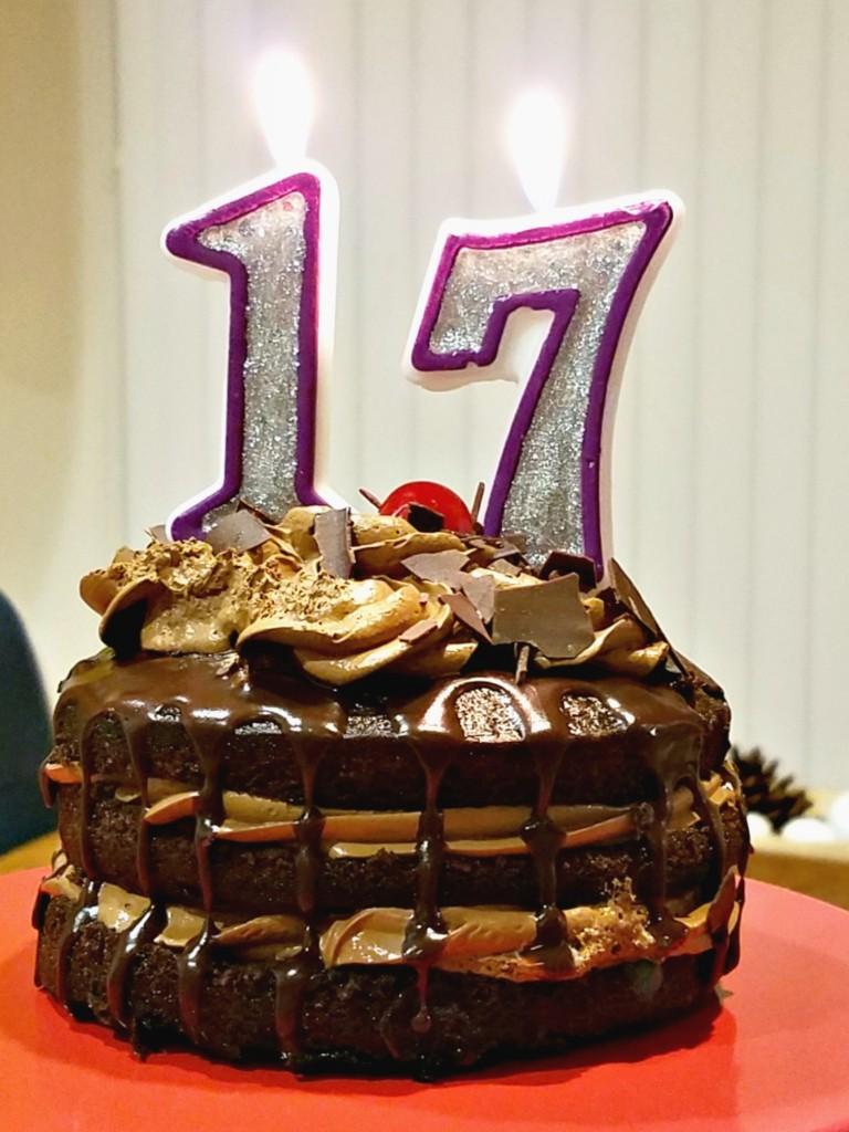 17th Birthday mini cake