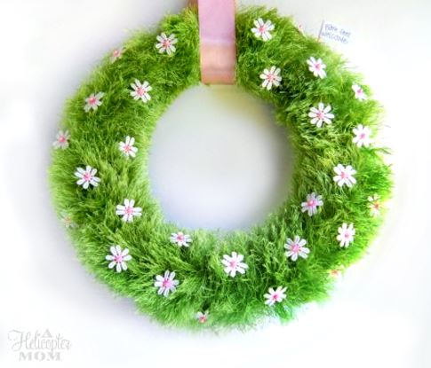 Spring Wreath Grass and Flowers