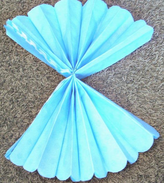 Paper Pom Flowers fan fold