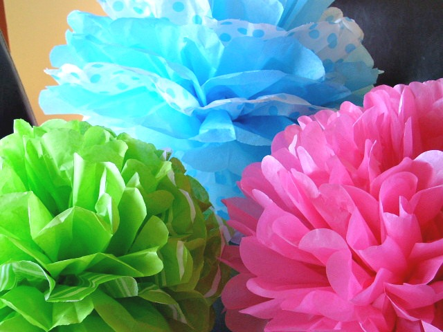 Paper Pom Flowers medium