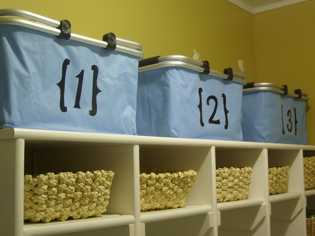 organizing with baskets mudroom