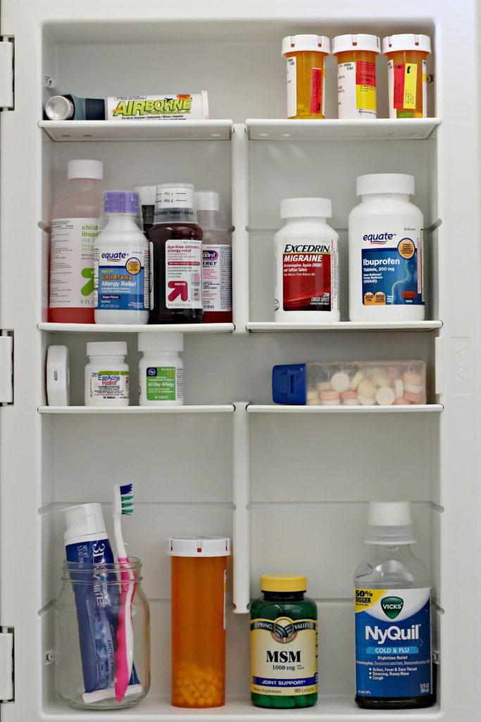 Medicine cabinet Organizing