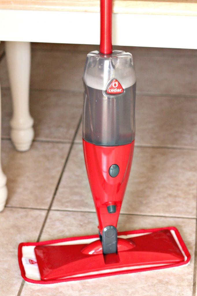 Spray Mop DIY Refill Cleaning Solution