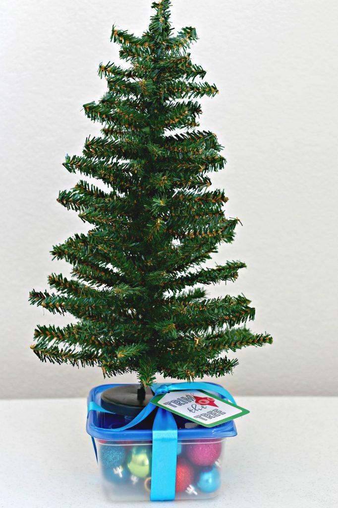 Christmas Tree Decorating Kit