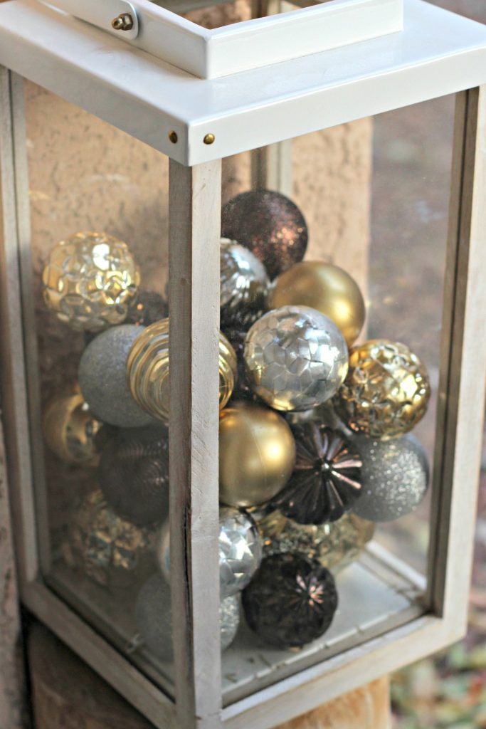 Front porch lantern with ornaments