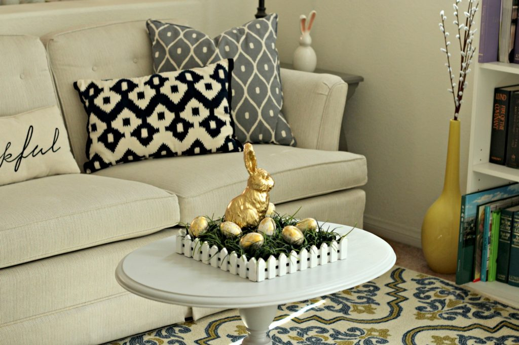 Easter decor livingroom
