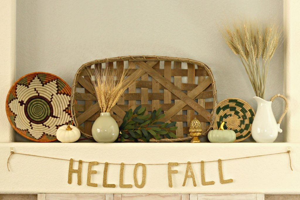 Fall Home Tour Fall mantel