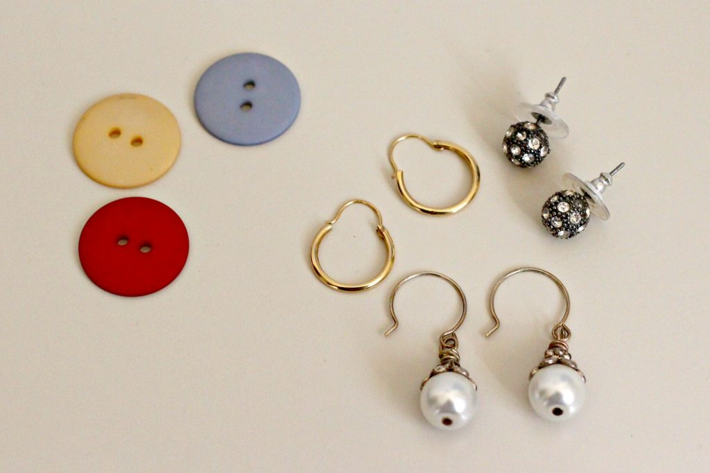 Earring Organization Traveling