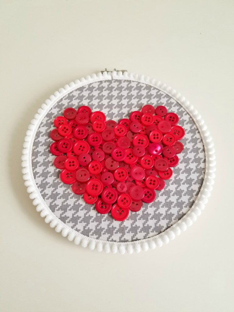 Button Heart Pom Pom Trim