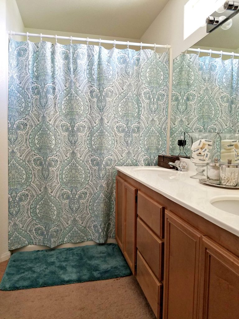 It's easy to create a Bathroom Update on a Budget by selecting just a few new items to bring your personality to the space. This is ideal if you're renting or have a limited amount of money