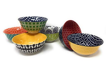 Kitchen accessories bowls