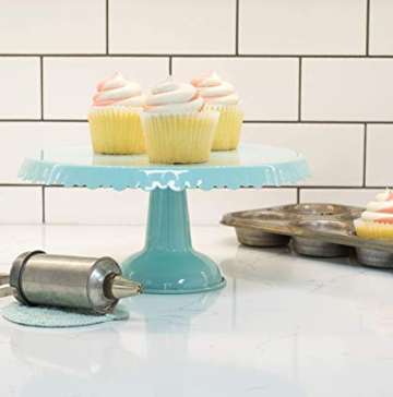 Kitchen accessories cake stand