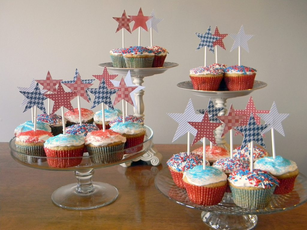 Patriotic Party Ideas cupcake toppers