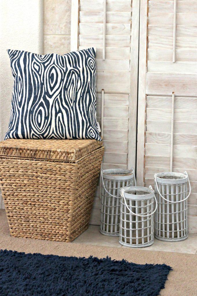 Casual Summer Mantel basket and cushion