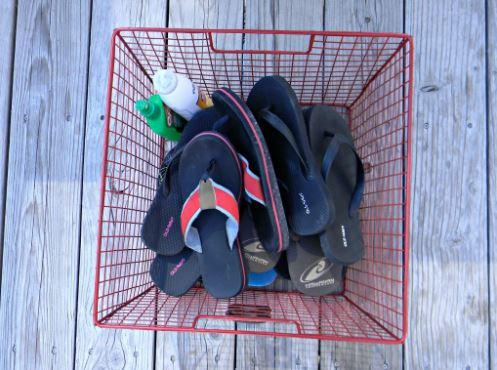 decluttering flip flops