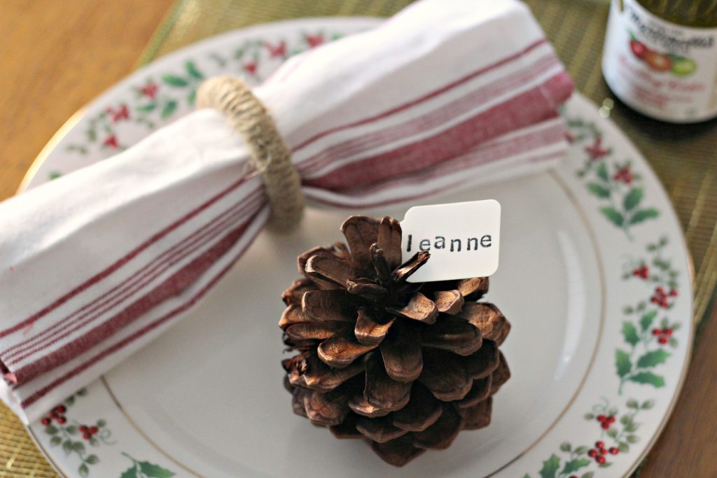pinecone place cards 2