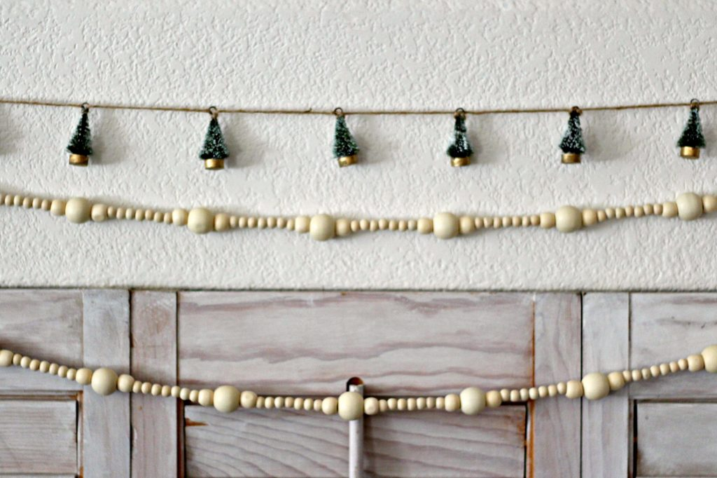 Christmas mantel green and black bead garland
