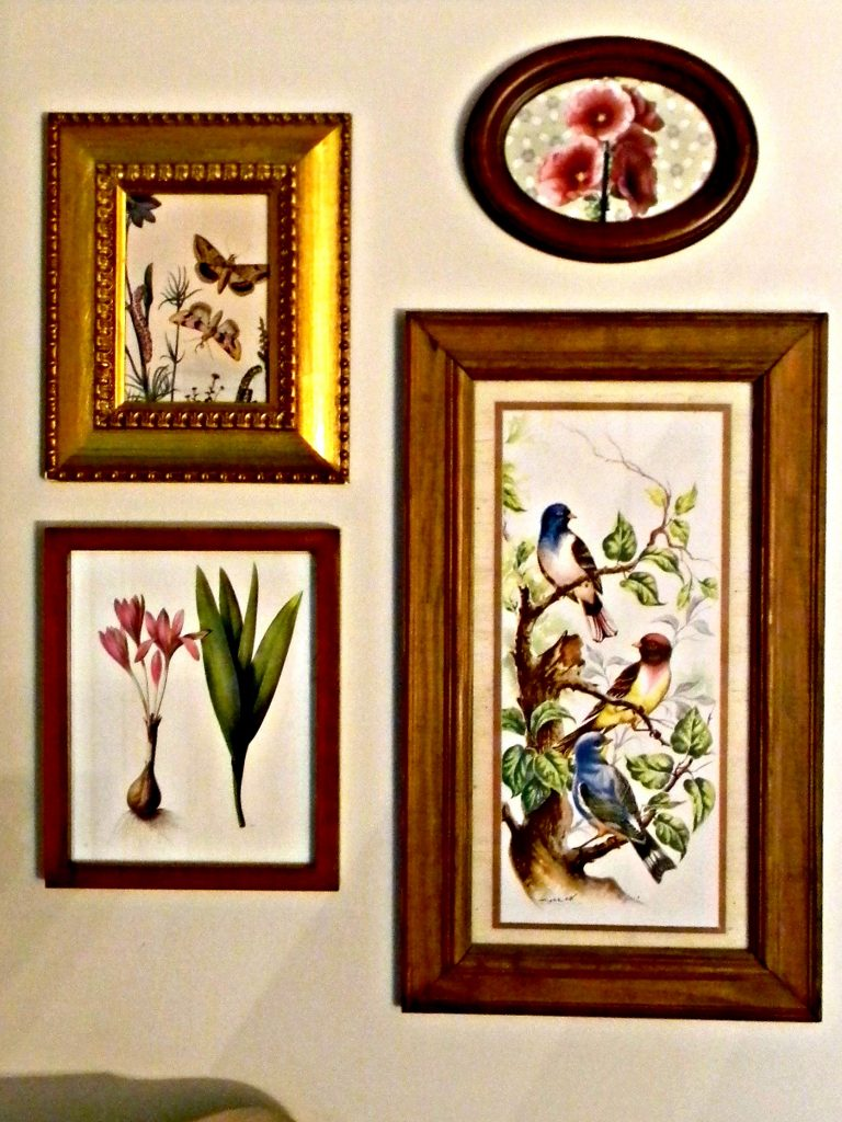 Declutter in January wall art