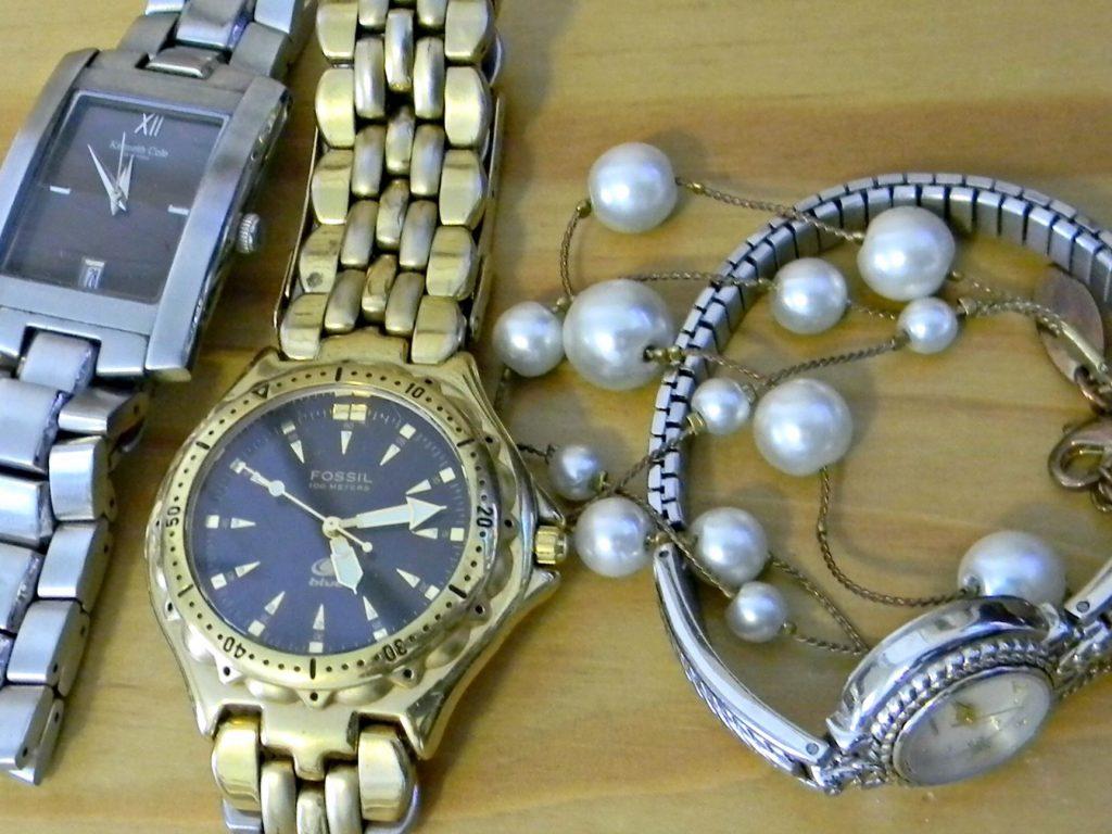 February decluttering jewelry